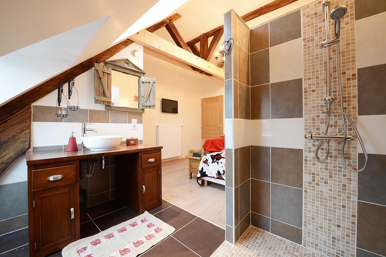 bienvenue la maison rouge beaunel la maison rouge beaune. Black Bedroom Furniture Sets. Home Design Ideas